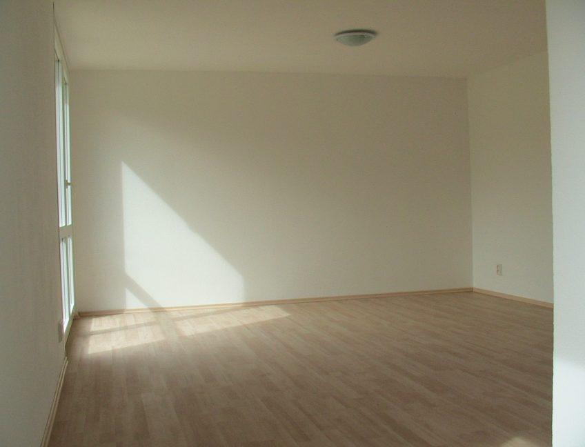 Domek 4×10 obývací pokoj