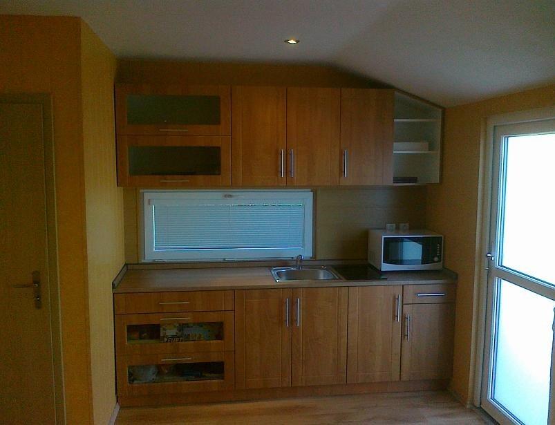 Domek 4×12 kuchyně