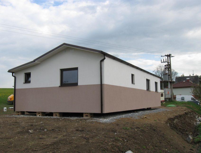 Domek 4×12 s verandou 3+kk1