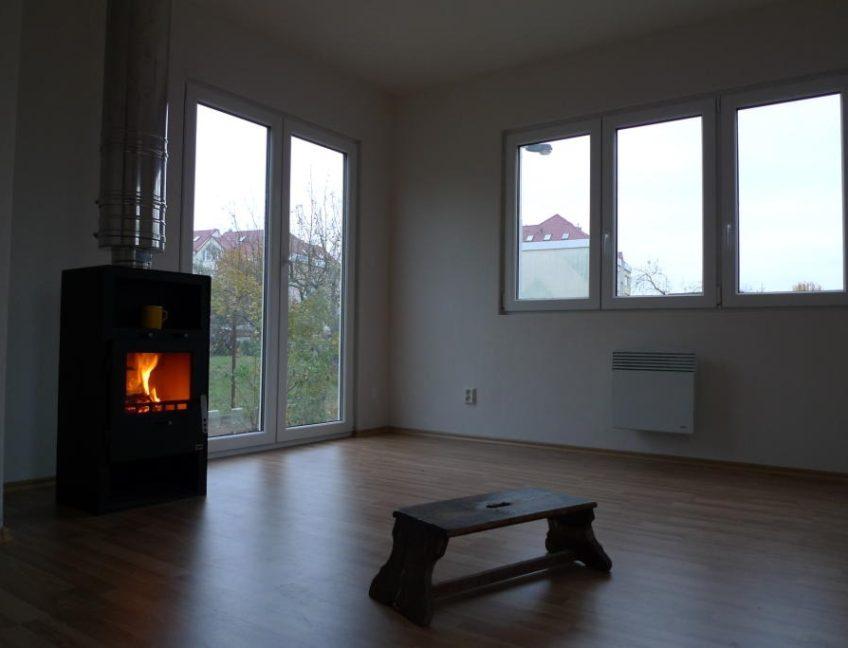 Domek 4×9 2+kk obývací pokoj