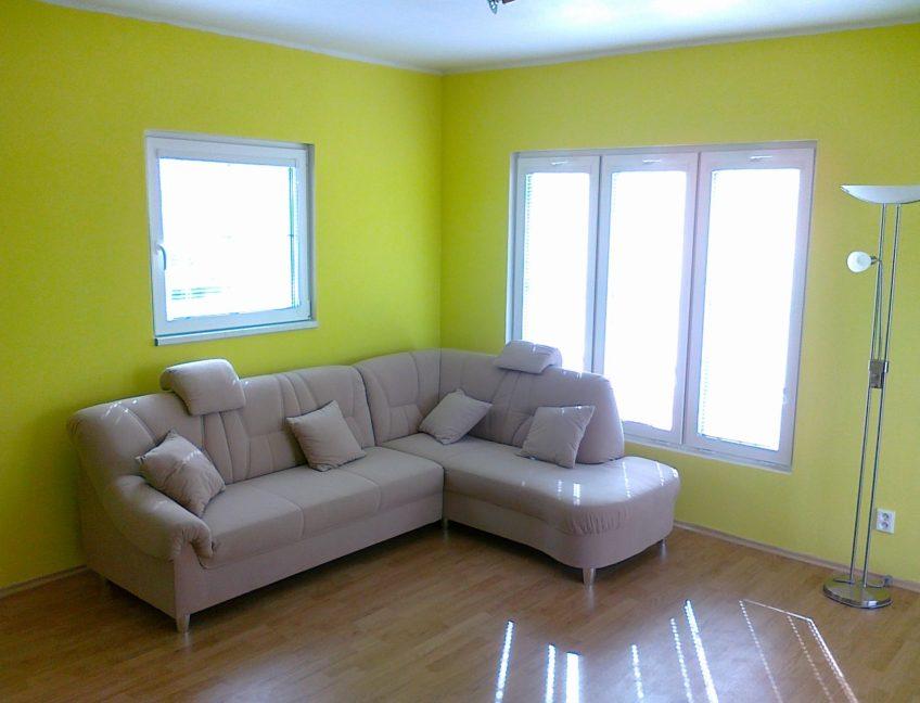 Domek 7×11 obývací pokoj