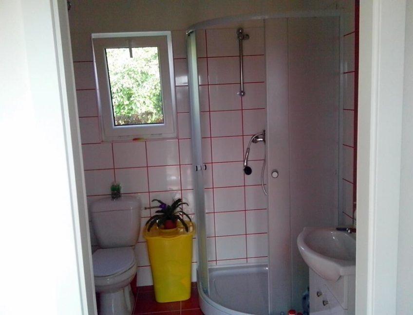 Domek 6×6  koupelna a WC